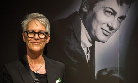 Jamie Lee Curtis visits her fathers memorial museum in Mátészalka