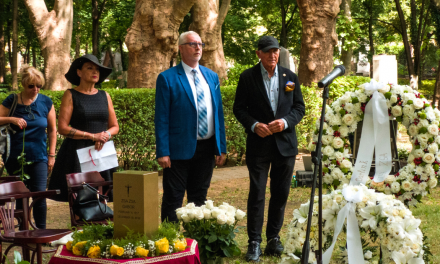 Hungarian diva Zsa Zsa Gabor is laid to rest in Budapest